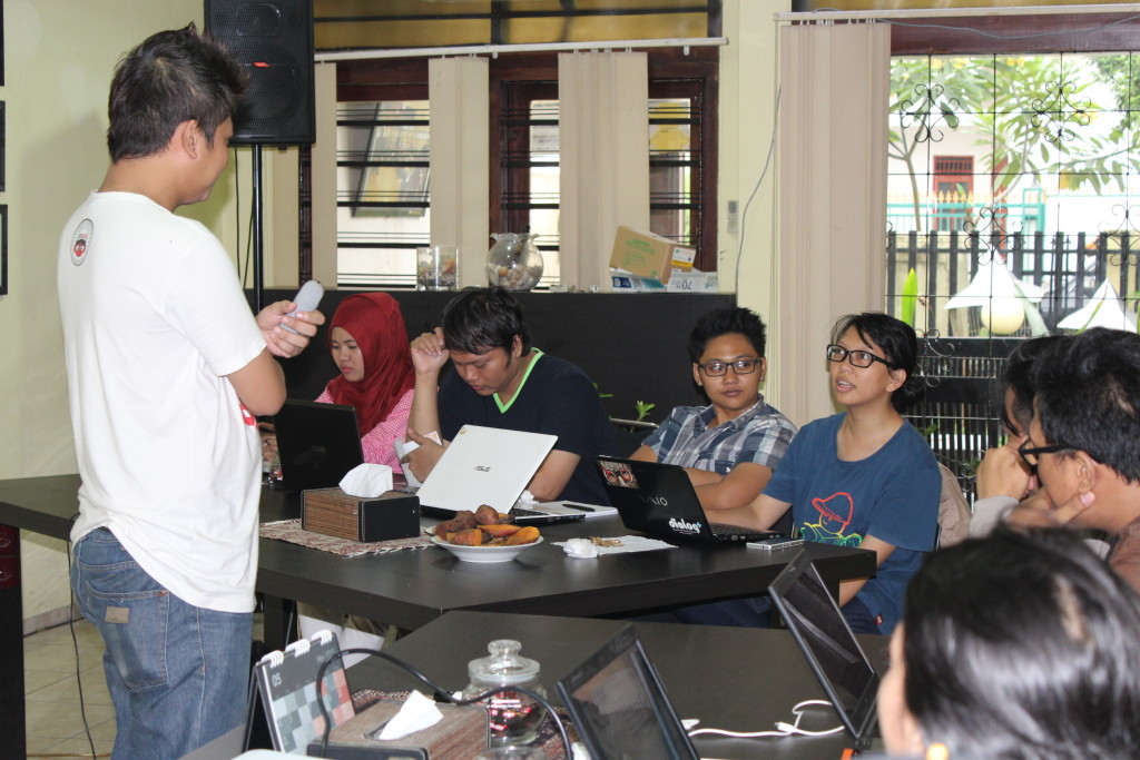 17 April 2015, Kelas Berbagi #38, Social Media Marketing